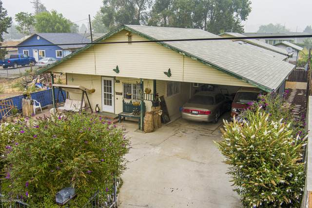 309 N Harding Ave, Wapato, WA 98951 (MLS #20-1379) :: Joanne Melton Real Estate Team
