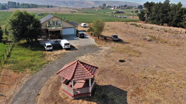 702 Firing Center Rd, Yakima, WA 98901 (MLS #20-1896) :: Heritage Moultray Real Estate Services
