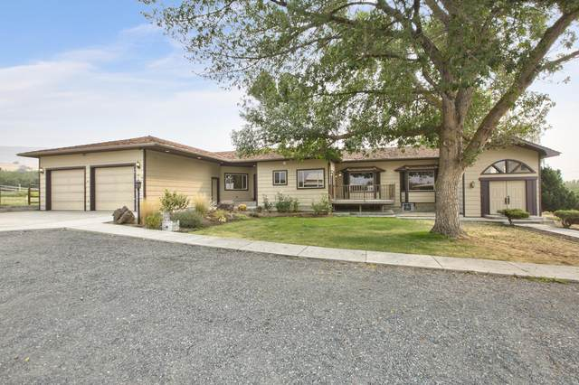 1471 Yakima Valley Hwy, Wapato, WA 98951 (MLS #20-1960) :: Amy Maib - Yakima's Rescue Realtor