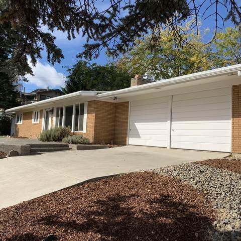 814 N 50th Ave, Yakima, WA 98908 (MLS #20-2366) :: Amy Maib - Yakima's Rescue Realtor