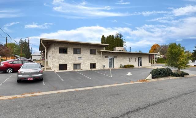1402 W Yakima Ave, Yakima, WA 98902 (MLS #20-2516) :: Heritage Moultray Real Estate Services