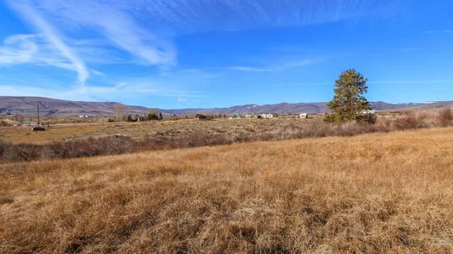 NNA Windy Ln, Yakima, WA 98908 (MLS #20-442) :: Joanne Melton Real Estate Team