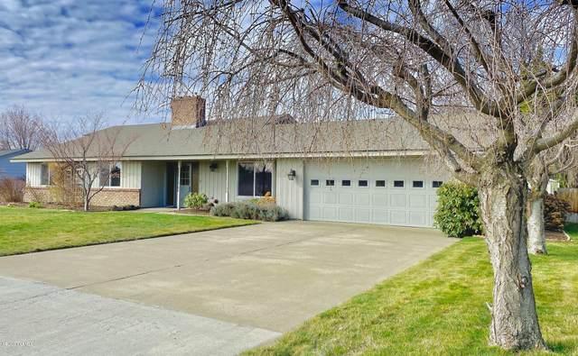 210 N 70th Ave, Yakima, WA 98908 (MLS #20-483) :: Joanne Melton Real Estate Team