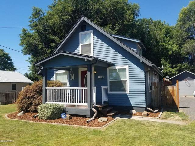 1014 S 32nd Ave, Yakima, WA 98902 (MLS #20-626) :: Heritage Moultray Real Estate Services