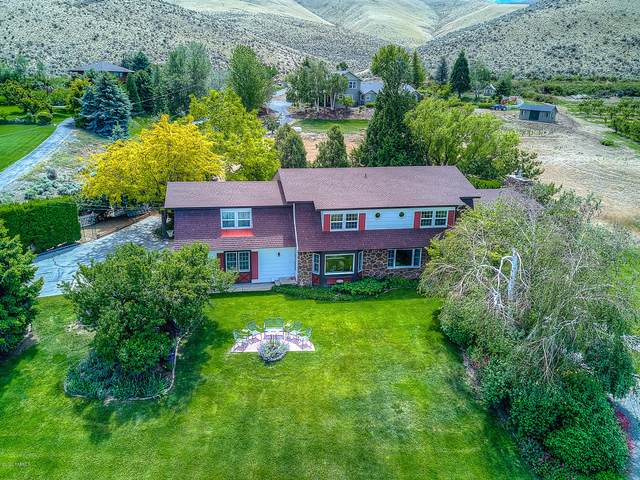 3500 Meadowcrest Ln, Yakima, WA 98903 (MLS #20-796) :: Heritage Moultray Real Estate Services