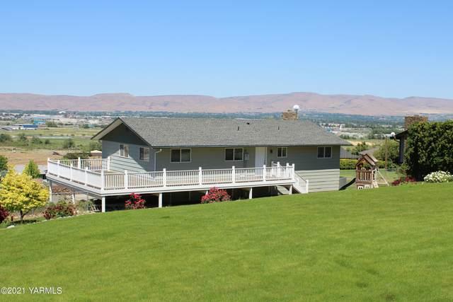 3406 Goodman Rd, Yakima, WA 98903 (MLS #21-1250) :: Candy Lea Stump | Keller Williams Yakima Valley