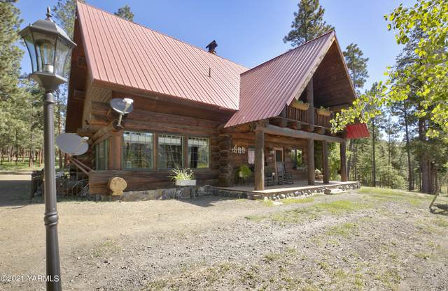 5705 North Fork Rd, Yakima, WA 98903 (MLS #21-1697) :: Heritage Moultray Real Estate Services