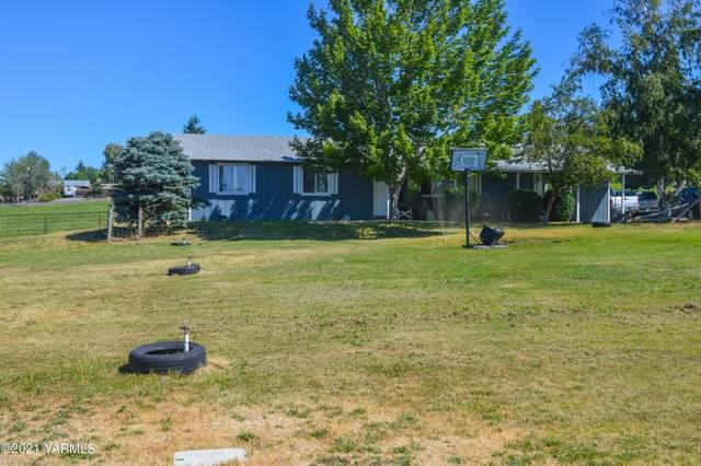 151 Whites Pl, Selah, WA 98942 (MLS #21-1750) :: Heritage Moultray Real Estate Services