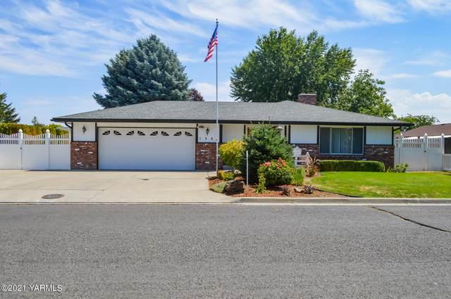 1303 S 26th Ave, Yakima, WA 98902 (MLS #21-1769) :: Candy Lea Stump   Keller Williams Yakima Valley