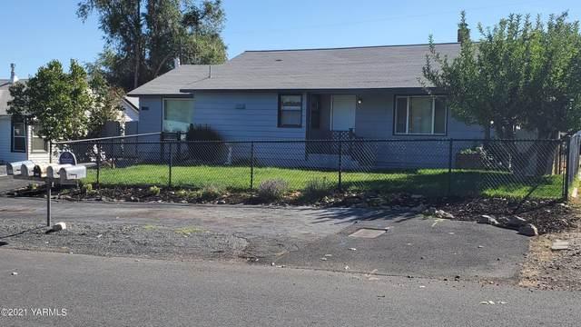 804 W Home Ave, Selah, WA 98942 (MLS #21-2375) :: Amy Maib - Yakima's Rescue Realtor