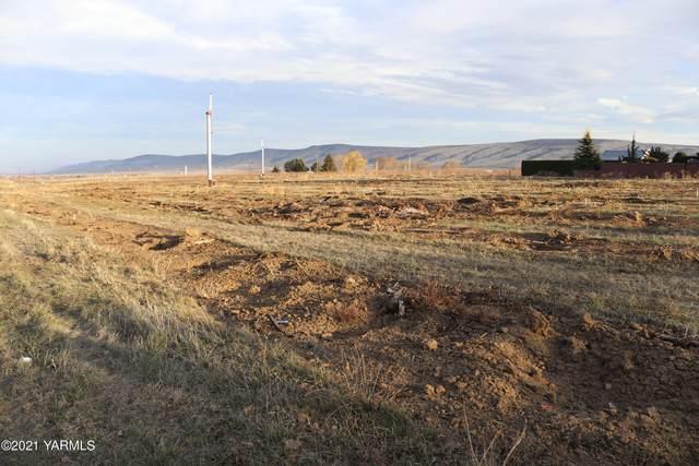 NKA Nelson Rd #4, Yakima, WA 98908 (MLS #21-363) :: Candy Lea Stump | Keller Williams Yakima Valley