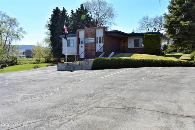 1714 S 24th Ave, Yakima, WA 98902 (MLS #21-413) :: Amy Maib - Yakima's Rescue Realtor