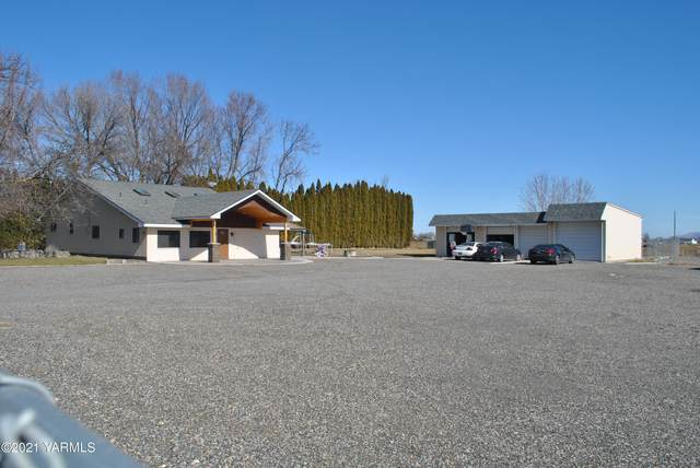 301 S Wilgus Rd, Prosser, WA 99350 (MLS #21-414) :: Heritage Moultray Real Estate Services
