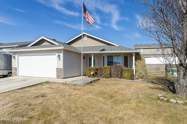 203 Olympic Ave, Moxee, WA 98936 (MLS #21-424) :: Heritage Moultray Real Estate Services