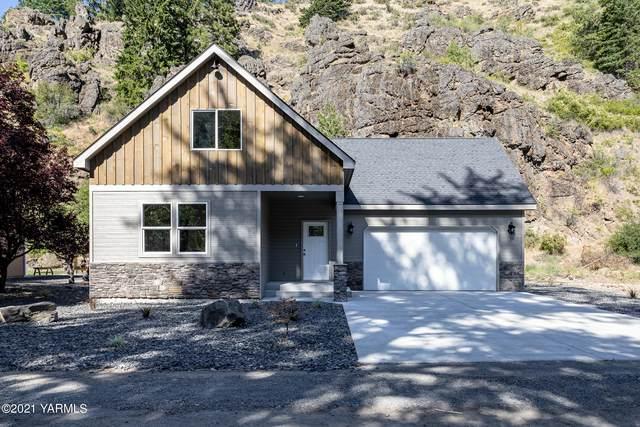 16333 Wa-410 Unit 1, Naches, WA 98937 (MLS #21-461) :: Candy Lea Stump   Keller Williams Yakima Valley