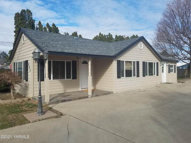 605 W 3rd St, Grandview, WA 98930 (MLS #21-525) :: Heritage Moultray Real Estate Services