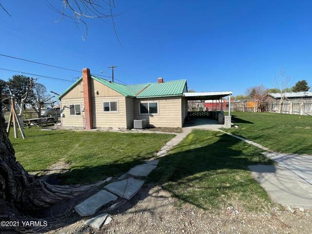 508 F Ave, Granger, WA 98932 (MLS #21-647) :: Candy Lea Stump | Keller Williams Yakima Valley