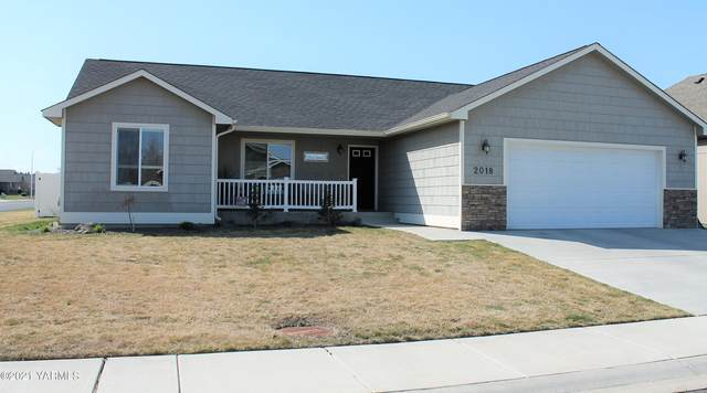 2018 S 57th Ave, Yakima, WA 98903 (MLS #21-703) :: Heritage Moultray Real Estate Services