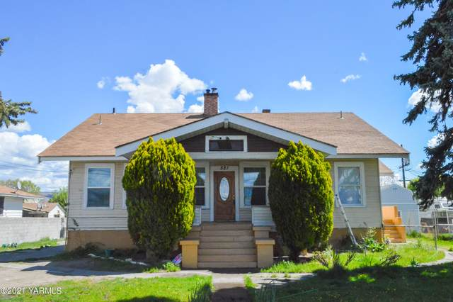 521 N 16th Ave, Yakima, WA 98902 (MLS #21-882) :: Heritage Moultray Real Estate Services