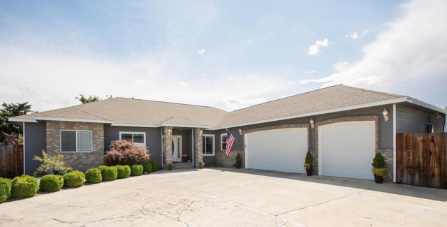 7902 W Mead Ave, Yakima, WA 98908 (MLS #19-1599) :: Heritage Moultray Real Estate Services