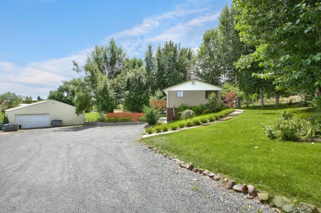 190 Selah Naches Rd, Selah, WA 98942 (MLS #19-1713) :: Heritage Moultray Real Estate Services