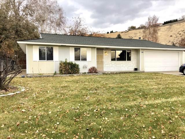 431 Suntides Blvd, Yakima, WA 98908 (MLS #19-2824) :: Joanne Melton Real Estate Team