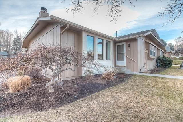 3105 Ponderosa Pl #9, Yakima, WA 98902 (MLS #20-213) :: Joanne Melton Real Estate Team