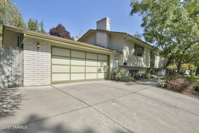 906 Coach Ct, Yakima, WA 98908 (MLS #21-2169) :: Heritage Moultray Real Estate Services