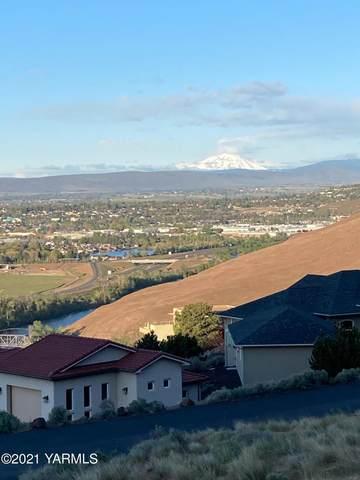 111 Hailey Pl, Yakima, WA 98901 (MLS #21-864) :: Amy Maib - Yakima's Rescue Realtor