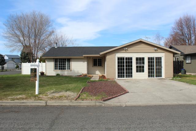 1810 S 66th Ave, Yakima, WA 98908 (MLS #19-606) :: Heritage Moultray Real Estate Services