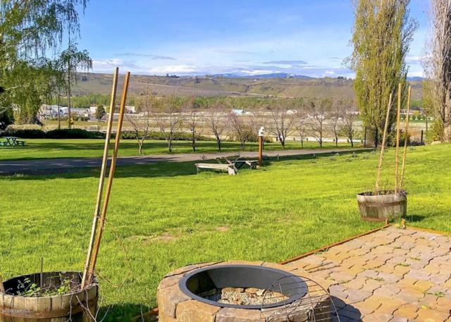 8121 Old Naches Hwy, Naches, WA 98937 (MLS #19-913) :: Heritage Moultray Real Estate Services