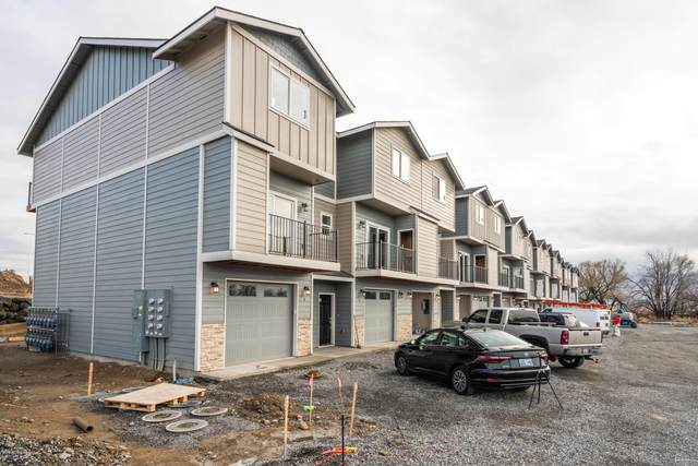 2600 Racquet Ln #4, Yakima, WA 98902 (MLS #20-2284) :: Heritage Moultray Real Estate Services