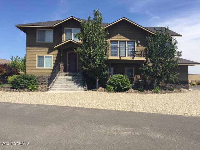 307 Warrior Rd, Yakima, WA 98901 (MLS #17-1530) :: Results Realty Group