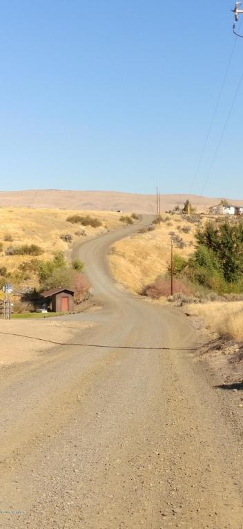 NKA Stroud Rd (Fisk/Rogers) Rd, Yakima, WA 98903 (MLS #17-2582) :: Heritage Moultray Real Estate Services