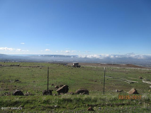 NKA Bohoskey Way, Yakima, WA 98901 (MLS #17-2604) :: Results Realty Group