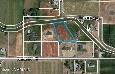 NKA Castle Pl, Yakima, WA 98901 (MLS #17-2777) :: Heritage Moultray Real Estate Services