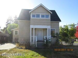 611 S 26th Ave, Yakima, WA 98902 (MLS #17-2972) :: Results Realty Group
