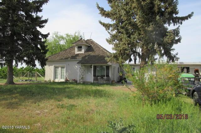 71 Knight Hill Rd, Zillah, WA 98953 (MLS #18-1086) :: Results Realty Group