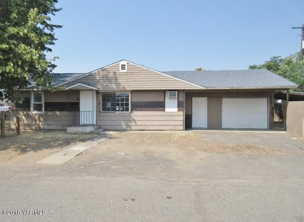 9 W California St, Union Gap, WA 98903 (MLS #18-2110) :: Results Realty Group