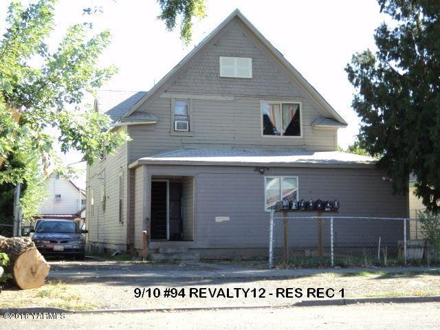 111 S 7 St, Yakima, WA 98901 (MLS #18-2333) :: Heritage Moultray Real Estate Services