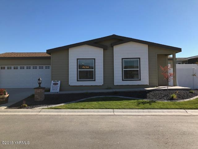 200 Bridle Way #277, Yakima, WA 98901 (MLS #18-2438) :: Heritage Moultray Real Estate Services