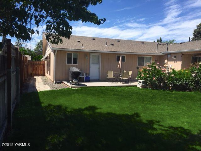 705 S 45th Ave, Yakima, WA 98902 (MLS #18-2558) :: Results Realty Group