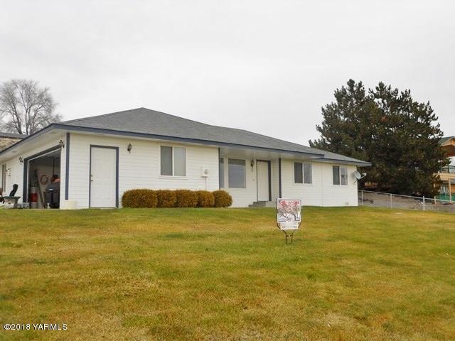 60 Pheasant Haven Rd, Selah, WA 98942 (MLS #18-2960) :: Results Realty Group