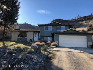20 Echo Ct, Yakima, WA 98908 (MLS #18-300) :: Heritage Moultray Real Estate Services