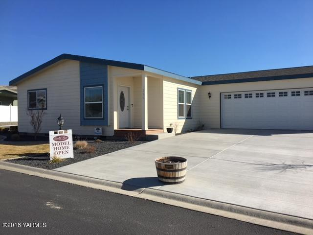 200 Bridle Way #255, Yakima, WA 98901 (MLS #18-530) :: Heritage Moultray Real Estate Services