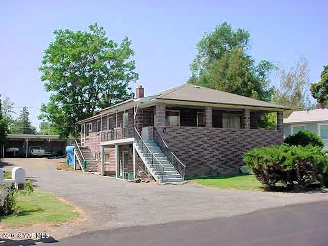 708 W Home Ave, Selah, WA 98942 (MLS #18-569) :: Heritage Moultray Real Estate Services