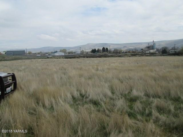 Tbd Pump Rd, Prosser, WA 99350 (MLS #18-900) :: Results Realty Group