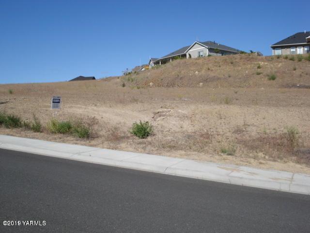1107 Heritage Hills Dr #28, Selah, WA 98942 (MLS #19-113) :: Results Realty Group