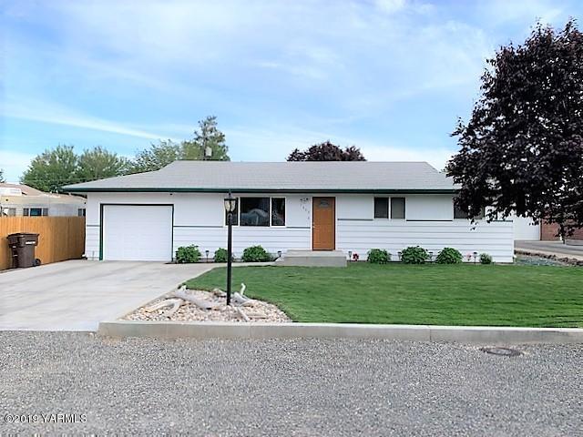 1608 W King St, Yakima, WA 98902 (MLS #19-1160) :: Results Realty Group