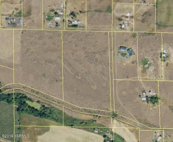 NKA W Slavin Rd, Yakima, WA 98903 (MLS #19-1206) :: Heritage Moultray Real Estate Services
